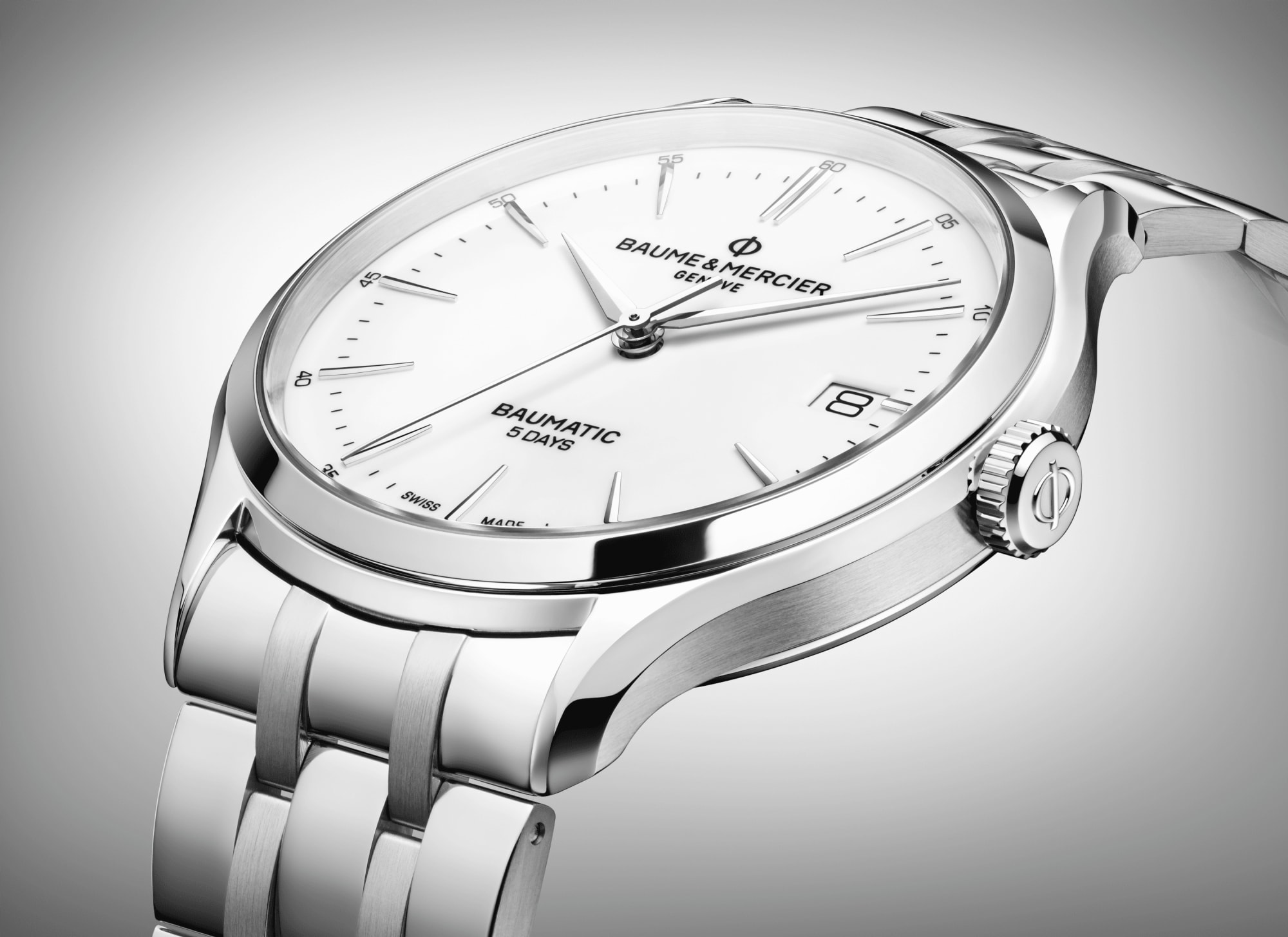 Clifton Baumatic 10400 Watch for men | Check Prices on Baume & Mercier Close-Up -